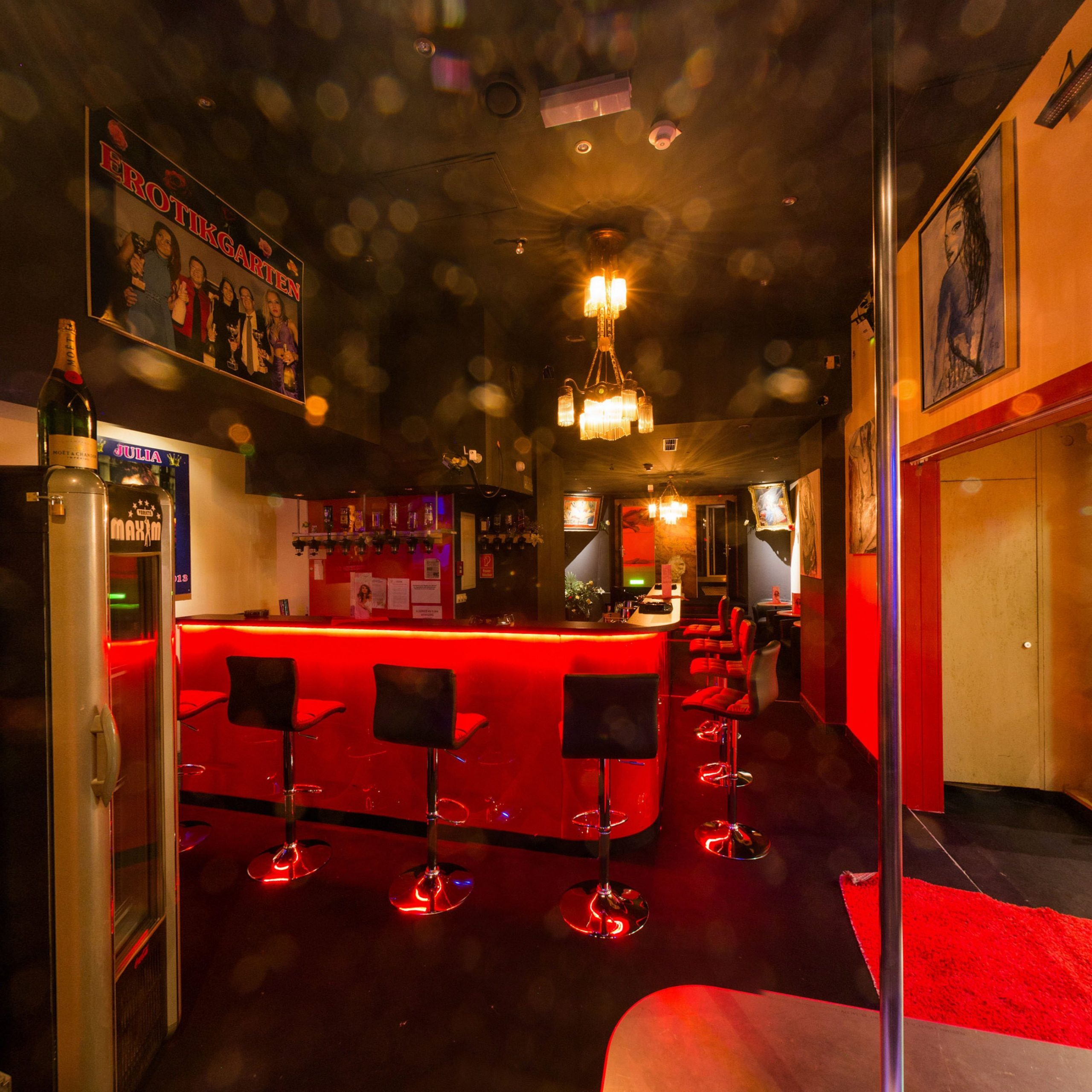 Sexclub Maxim Wien   exklusives Bordell in Wien   Erotik & Sex