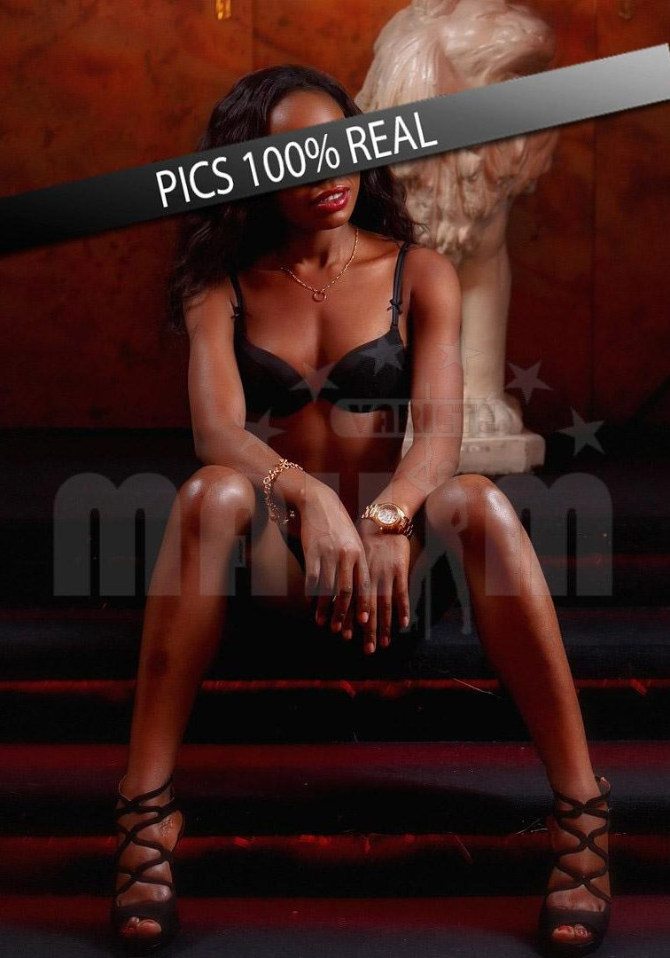 Sylvia sitting on one of the best strip clubs Vienna Maxim