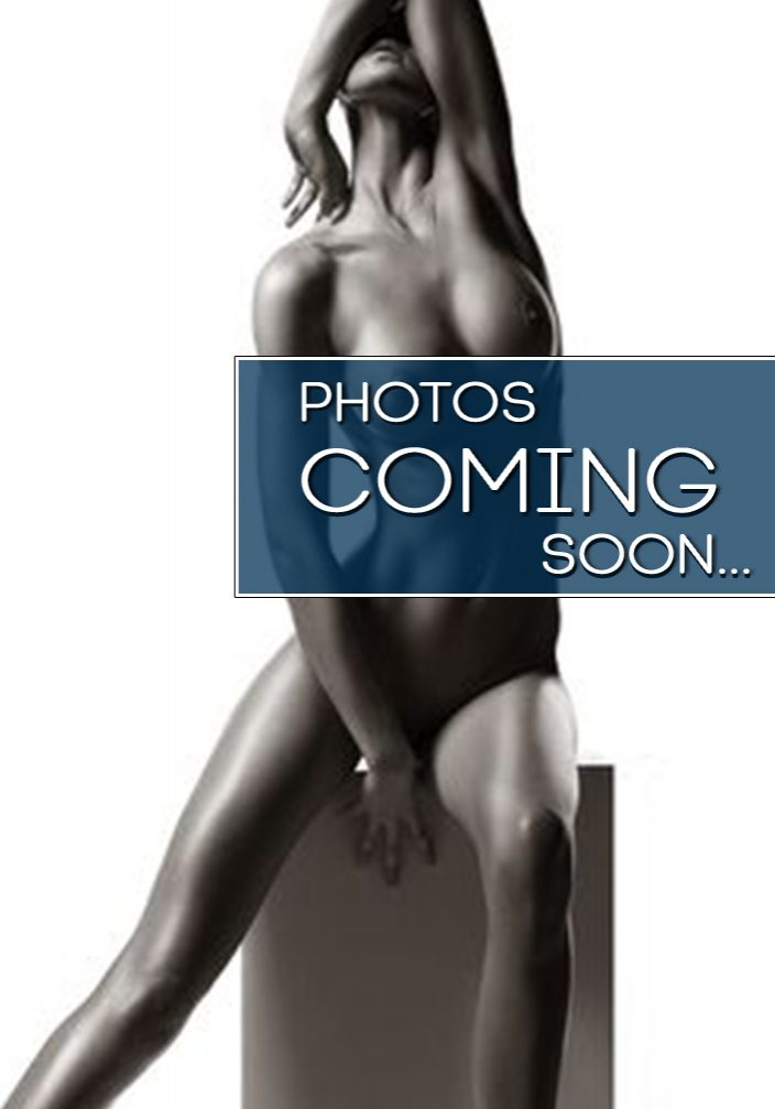 maxim-photos-soon-new1